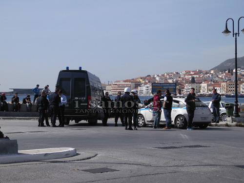 Τρόμος στη Σάμο -Πρόσφυγες έφυγαν από το hotspot απειλώντας με μαχαίρια και γυαλιά [εικόνες & βίντεο] | iefimerida.gr 10