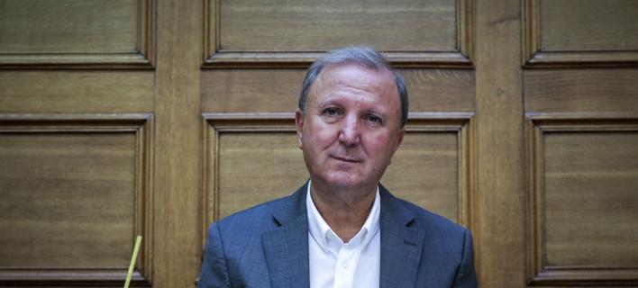 Παπαδόπουλος (ΣΥΡΙΖΑ): Οσοι είχαν φίλο τον Πετσίτη να δώσουν εξηγήσεις