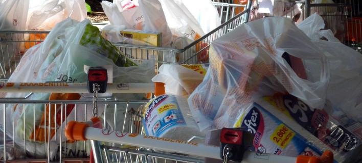 4,3 δισ. πλαστικές σακούλες χρησιμοποίησαν οι Ελληνες το 2015- Πρώτοι σε κατανάλωση