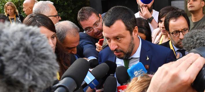 Ιταλία: Ο Σαλβίνι περιορίζει τις υπηρεσίες που προσφέρονται στους αιτούντες άσυλο