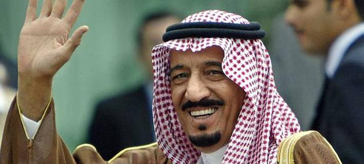 Μετά την κατακραυγή ο Σαουδάραβας βασιλιάς έφυγε από την Κυανή Ακτή -Είχε «κλείσει» δημόσια παραλία για τα μπάνια του [εικόνες]