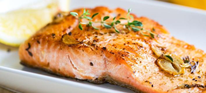 Πώς μπορούν να σας βοηθήσουν τα λιπαρά να χάσετε γρήγορα βάρος
