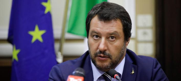 Ο Ιταλός υπουργός Εσωτερικών και επικεφαλής της ξενοφοβικής Λέγκα, Ματέο Σαλβίνι (Φωτογραφία: ΑΡ)