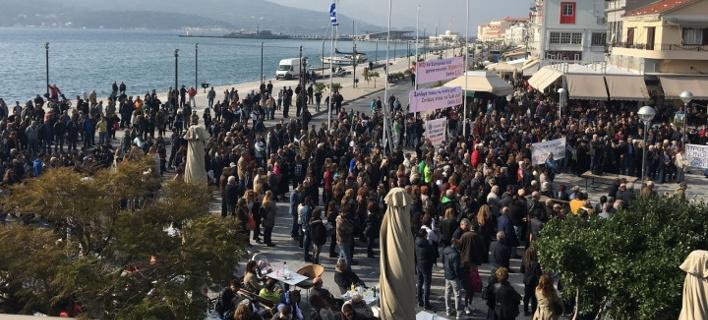 Στο πόδι η Σάμος για το μεταναστευτικό -Ηχηρό «όχι» στην κυβέρνηση