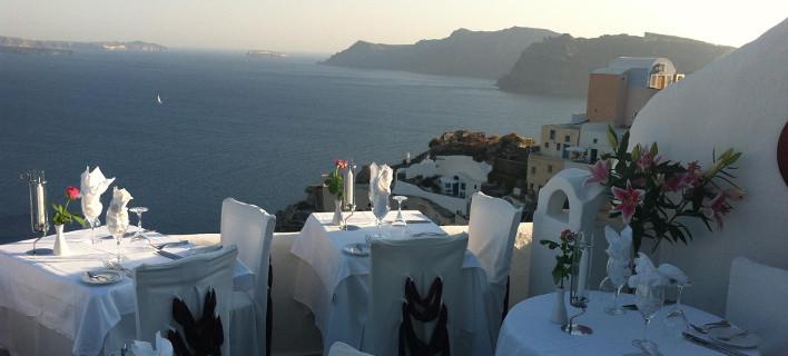 Τα εστιατόρια με την πιο όμορφη θέα στον κόσμο - Η Σαντορίνη ξεχωρίζει ξανά [εικόνες]