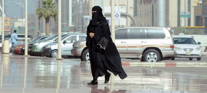Ιστορική ημέρα για τις γυναίκες στη Σαουδική Αραβία -Μετέχουν για πρώτη φορά σε εκλογές