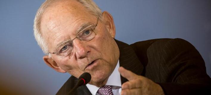 Γερμανία: Τους Φιλελεύθερους θέλει τώρα για κυβερνητικούς εταίρους ο Σόιμπλε