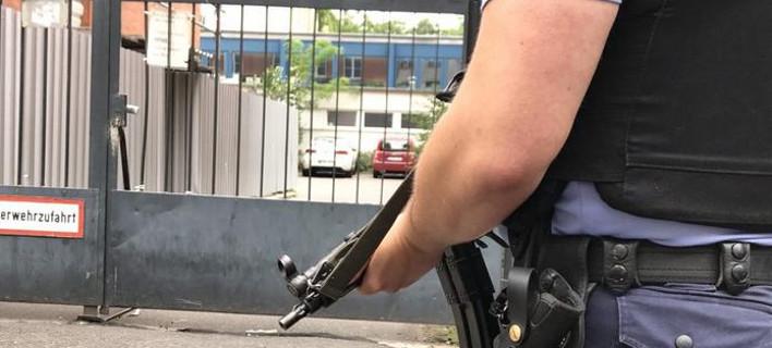 Συναγερμός σε δημοτικό σχολείο του Βερολίνου για «επικίνδυνη κατάσταση»