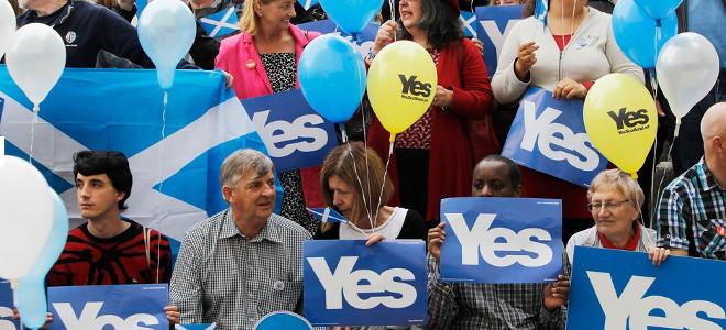 Διεθνείς επενδυτές εγκαταλείπουν τη Βρετανία -Φοβούνται το «ναι» για την ανεξαρτ