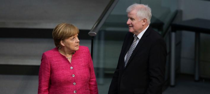 Μέρκελ-Ζέεχοφερ/Φωτογραφία: AP
