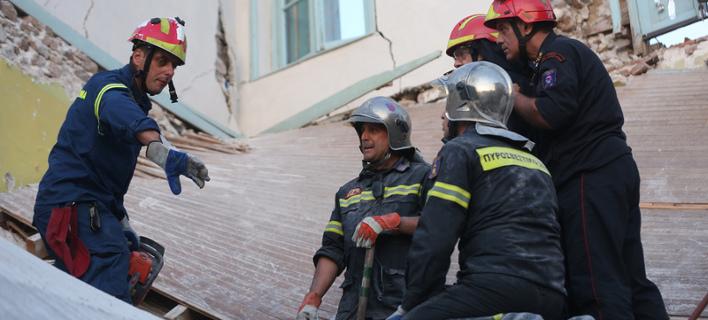 Μυτιλήνη: Μία νεκρή, 15 τραυματίες και ένα ισοπεδωμένο χωριό από τα 6,1 Ρίχτερ