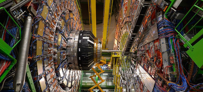 Μπροστά σε νέα ανακάλυψη το CERN -Ενδείξεις για ένα μυστηριώδες νέο βαρύ σωματίδιο
