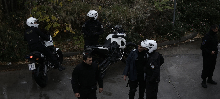 Σέρρες: Συνελήφθησαν 39χρονος με την 15χρονη κόρη του -Εκλεβαν μαζί χρυσαφικά