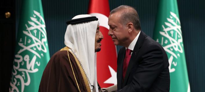 Ο Τούρκος Πρόεδρος Ταγίπ Ερντογάν με τον βασιλιά της Σ. Αραβίας Σαλμάν -Φωτογραφία αρχείου: AP Photo/Burhan Ozbilici