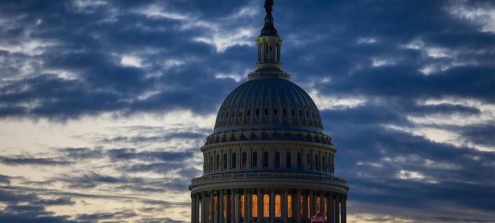 shutdown/φωτογραφία: AP