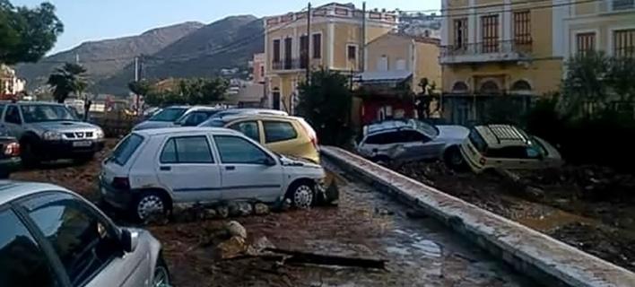Σε κατάσταση έκτακτης ανάγκης η Σύμη -Εικόνες καταστροφής μία μέρα μετά τη σφοδρή κακοκαιρία