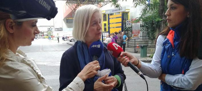 Σοκαρισμένη η σύζυγος Παπαδήμου: Εξηγεί πώς σώθηκε ο πρώην πρωθυπουργός