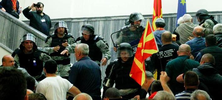 ΠΓΔΜ: Από πρότυπο χώρας, παράγοντας αποσταθεροποίησης -Η Σύνοδος του ΝΑΤΟ το 2008 και το ελληνικό βέτο