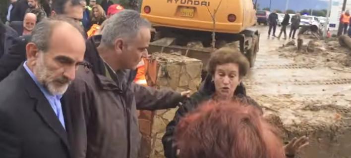 «Ντροπή σας» -Οργή πλημμυροπαθών του Αγρινίου κατά Σκουρλέτη [βίντεο]