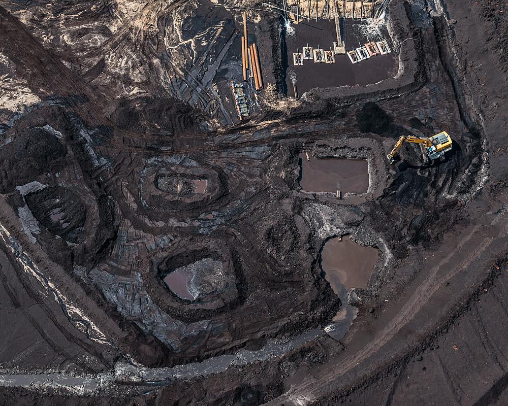 Εναέριες λήψεις από ορυχείο δείχνουν το πραγματικό μέγεθος της περιβαλλοντικής καταστροφής