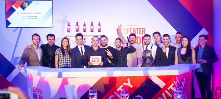 Ο Αλέξανδρος Δοντάς ανακηρύχθηκε πρωταθλητής Beefeater MIXLDN7 για την Ελλάδα [εικόνες]
