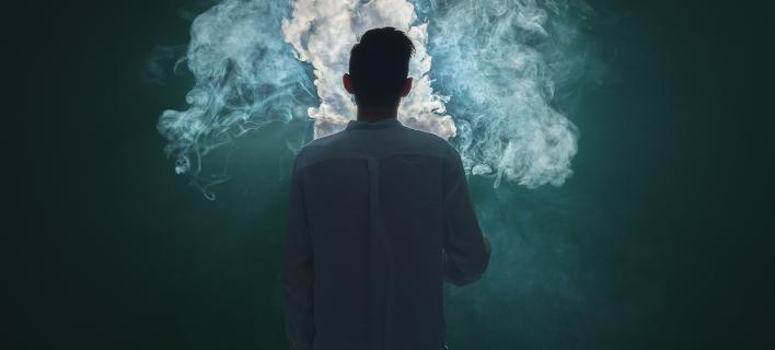 Οι καπνιστές ζητούν καλύτερες επιλογές από τις κυβερνήσεις. Φωτογραφία: Shutterstock