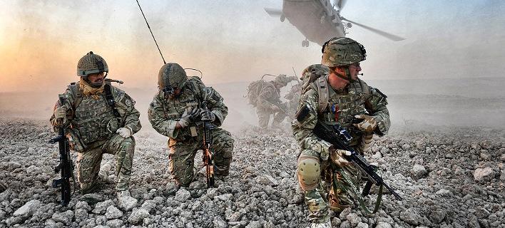 Το αληθινό Call of Duty- Στρατιώτες στο Αφγανιστάν φωτογραφίζουν τις μάχες -Ετσι είναι ο πόλεμος [εικόνες]