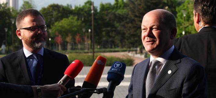 Ο Γερμανός υπουθργός Οικονομικών, Ολαφ Σολτς κάνοντας δηλώσεις μετά από συνεδρίαση Eurogroup/ Φωτογραφία αρχείου: Intimenews/