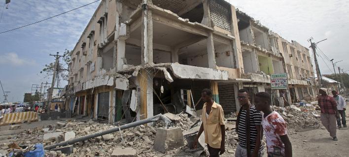 Σομαλία: Εξερράγη αυτοκίνητο παγιδευμένο με εκρηκτικές ύλες -2 νεκροί