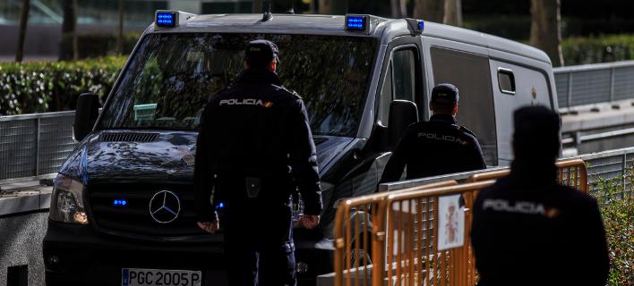 Αυτοκίνητο έπεσε πάνω σε πεζούς στην Σαραγόσα της Ισπανίας – Τρεις τραυματίες