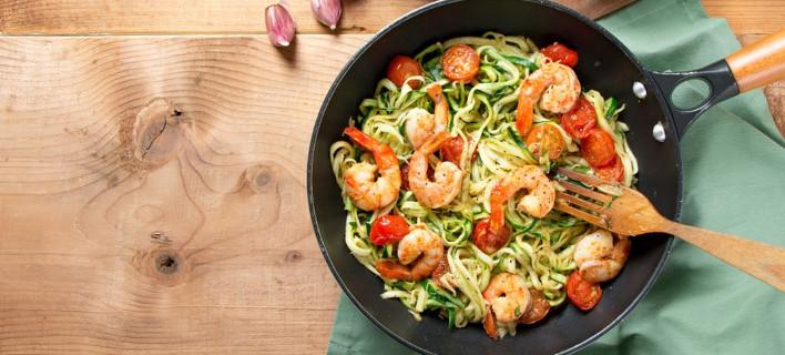 Noodles με κοτόπουλο και λαχανικά, Φωτογραφία: Shutterstock