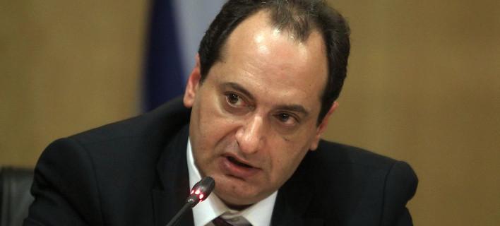 Σπίρτζης: Ανοίγει ο δρόμος για ένταξη ελληνικών ομολόγων στο πρόγραμμα ποσοτικής χαλάρωσης