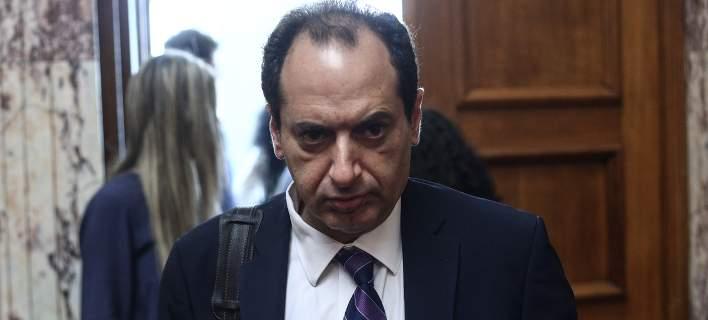 Ο Χρήστος Σπίρτζης «έκοψε» δημοσιογράφο του ΣΚΑΪ από την ενημέρωση του υπουργείου