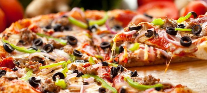 Πώς μια γυναίκα αγόρασε σπίτι με λίγη... πίτσα [εικόνες]
