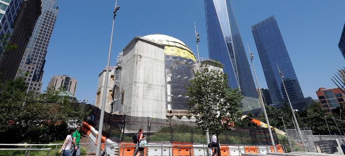 Σταμάτησαν οι εργασίες οικοδόμησης του ναού του Αγίου Νικολάου στο μνημείο του Παγκόσμιου Κέντρου Εμπορίου. Φωτογραφία: AP