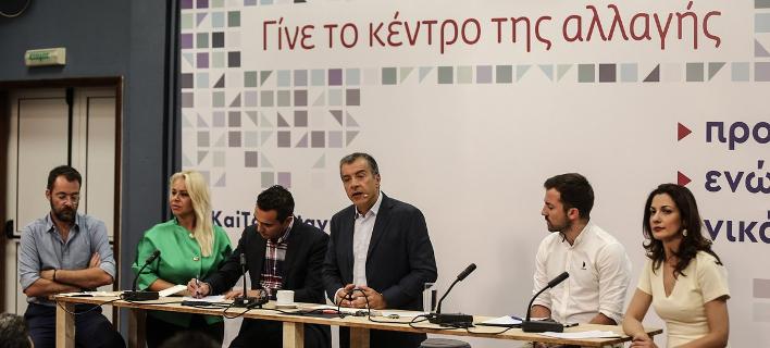 Θεοδωράκης στη ΔΕΘ: Αυτοί στην κυβέρνηση δεν έχουν δουλέψει ποτέ, η χώρα δεν έχει χρόνο