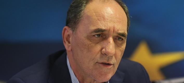 Σταθάκης: Ρητή μνημονιακή δέσμευση η απελευθέρωση της αγοράς των «κόκκινων δανείων»