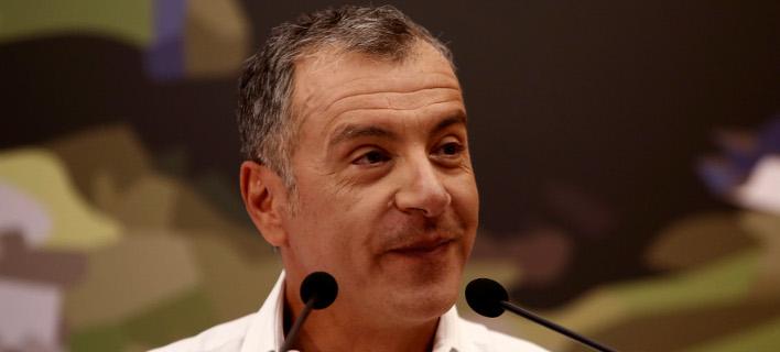 Θεοδωράκης: Η απόφαση Σκουρλέτη δείχνει την προχειρότητα των ΣΥΡΙΖΑ-AΝΕΛ
