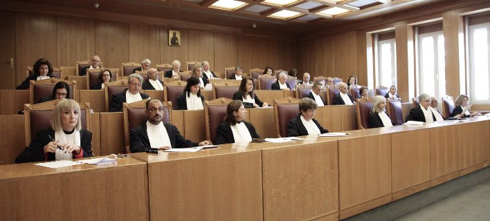 «Βόμβα» ΣτΕ: Νόμιμες οι περικοπές του νόμου Κατρούγκαλου