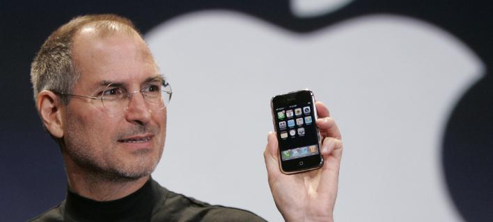 Αποκάλυψη, χρόνια μετά: Πώς το «μίσος» έκανε τον Στιβ Τζομπς να φτιάξει το iPhone