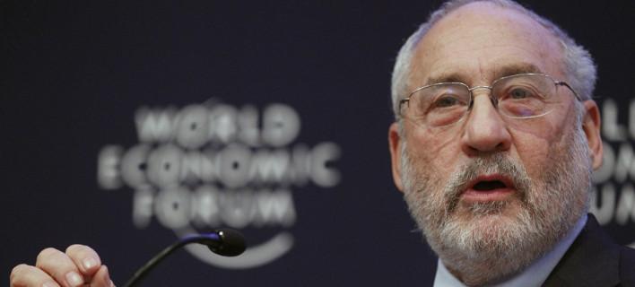 Στίγκλιτς: Παράλογες οι απαιτήσεις των πιστωτών - Ορθώς τις απορρίπτει ο ΣΥΡΙΖΑ