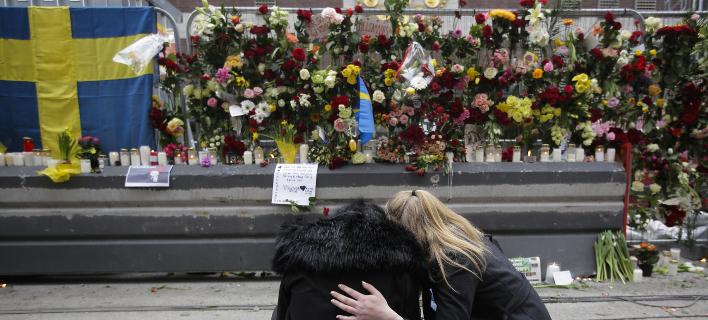 Στοκχόλμη θρήνος για τα θύματα/ Φωτογραφία AP images