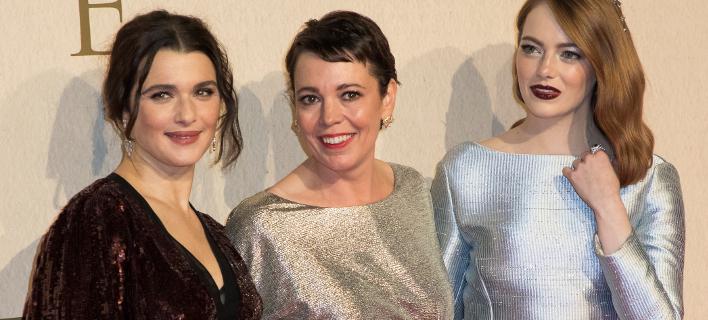 Έμμα Στόουν, Ολίβια Κόλμαν, Ρέιτσελ Βάις. Φωτογραφία: AP