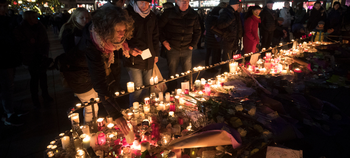 Επίθεση στο Στρασβούργο: Υπέκυψε ένας ακόμη τραυματίας (Φωτογραφία: AP Photo/Jean-Francois Badias)
