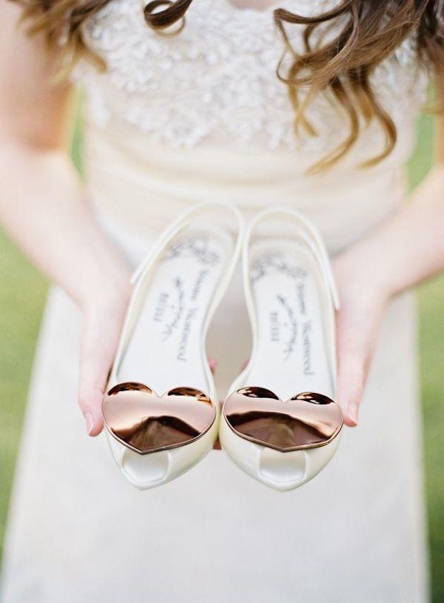 Πολύ περισσότερο όσες παντρευτούν σε νησιά και παραλίες. Για τις πιο  δύσπιστες 0a989003a35