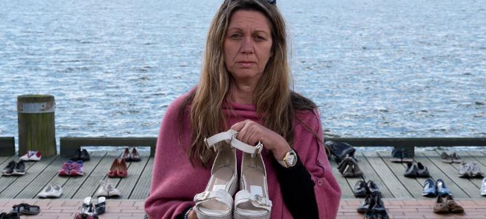 Tα άδεια παπούτσια των παιδιών που αυτοκτόνησαν -Η σιωπηρή επιδημία της Ν. Ζηλανδίας [εικόνες]
