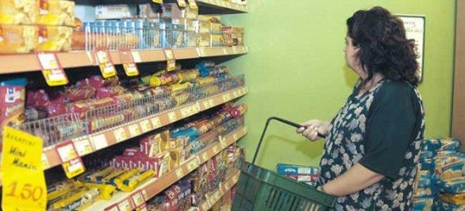 Πιο φτηνά πουλάνε οι αγρότες, πιο ακριβά αγοράζουν οι καταναλωτές!