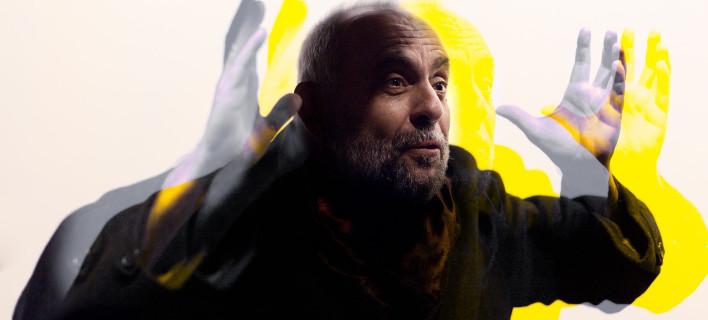 Ο Σωτήρης Χατζάκης επιστρέφει μετά από 17 χρόνια, επί σκηνής