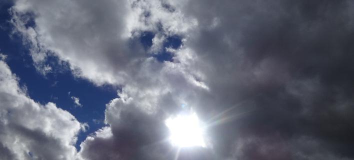 Συννεφιά και βροχές την Τρίτη με ισχυρούς ανέμους