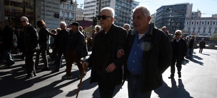 Μέχρι και τα 2.508 ευρώ οι παράνομες κρατήσεις για χιλιάδες συνταξιούχων
